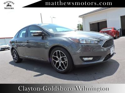 2018 Ford Focus (Gray)