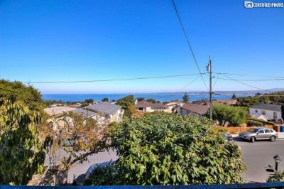4 bedroom in Monterey