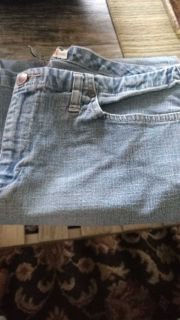 Faded Glory capris size 12