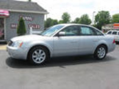 2005 Ford Five Hundred Silver, 139K miles