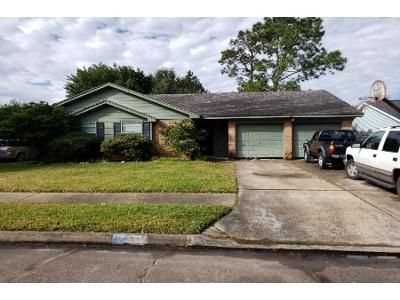 3 Bed 2 Bath Preforeclosure Property in Pasadena, TX 77504 - Seminole St