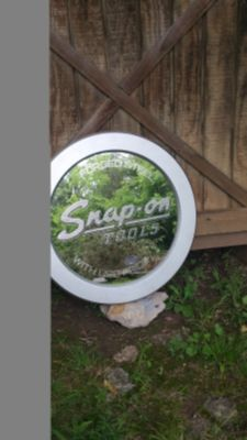 Snap-On Tools 22.5 inch Advertising Round Wall Mirror