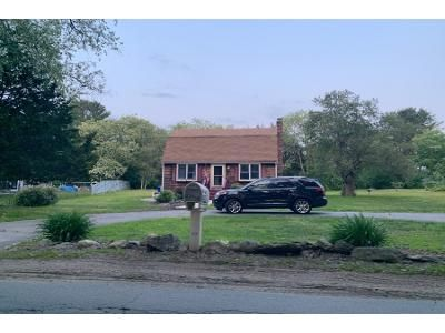 3 Bed 1.5 Bath Preforeclosure Property in East Taunton, MA 02718 - Richmond Street