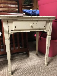 Old Singer Sewing Machine Table with Machine