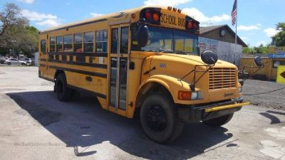 '03 International Bluebird School Bus with Lift- 8 Row