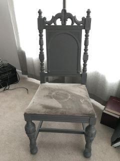 Painted antique accent/dining chair