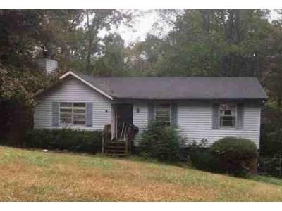 3 Bed 2.0 Bath Preforeclosure Property in Trussville, AL 35173 - Debbie Dr