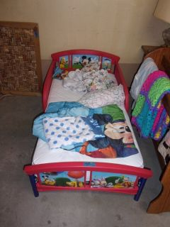 Disney Toddler Bed With Mattress and Sheet