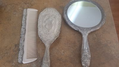 Sliver plated mirror set