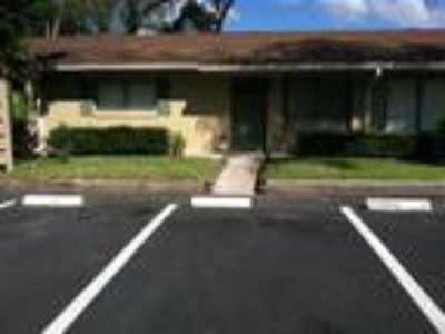 725 Northlake Blvd Apartment 28