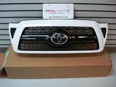 Buy Toyota Tacoma Sport Super White 040 Painted Honeycomb Grille Genuine OEM OE motorcycle in Bloomington, Indiana, US, for US $220.00