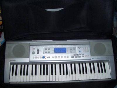 $175 Casio CTK-810 Keyboard W/Stand