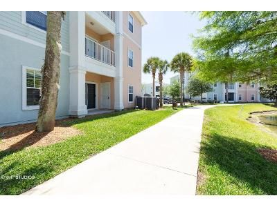 3 Bed 2 Bath Foreclosure Property in Jacksonville, FL 32256 - Green Parrot Rd Unit 108