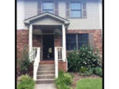 Very well maintained townhome @Royal Oaks.
