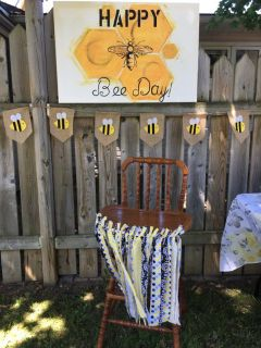 Bee -Day decorations