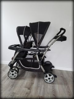 """Graco """"Ready to Grow/Sit & Stand"""" Double Stroller - Excellent Condition!"""