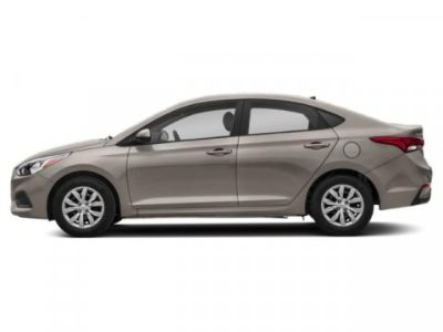 2019 Hyundai Accent SE (Linen Beige Metallic)