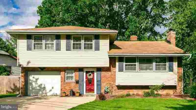 424 Howard Rd CHERRY HILL Four BR, This Beautiful Large Home is