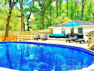 FURNISHED: NEW Modern Luxury Ranch Style 3-Bdrm Home with Hot Tub & Pool!