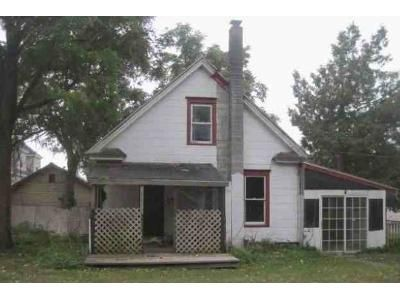 3 Bed 1 Bath Foreclosure Property in Watertown, NY 13601 - Water St