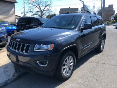 2014 Jeep Grand Cherokee Laredo (Pacific Blue Clearcoat)
