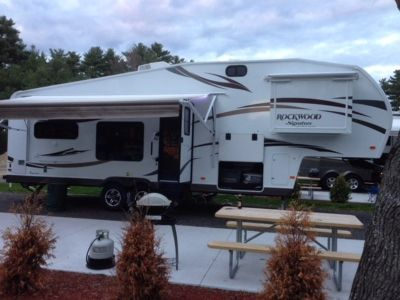 2014 Forest River Rockwood Signature Ultra Lite 8280WS