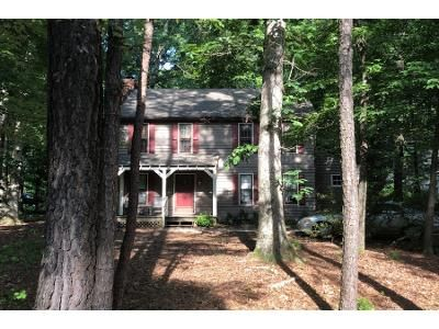 3 Bed 3 Bath Preforeclosure Property in Midlothian, VA 23112 - Fox Chase Dr