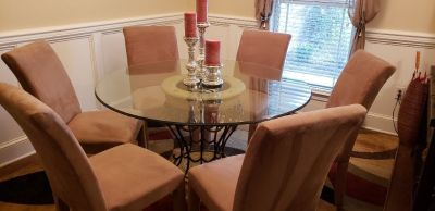 Dining Room/Kitchen Glass Top Table and (6) tan/beige Chairs