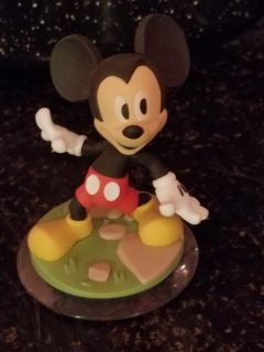 Disney infinity character Mickey Mouse
