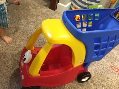 Doll grocery buggy