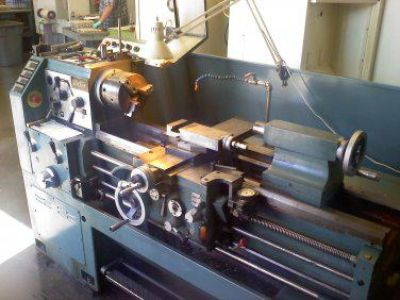$5,900, Reconditioned Victor Toolroom Lathe