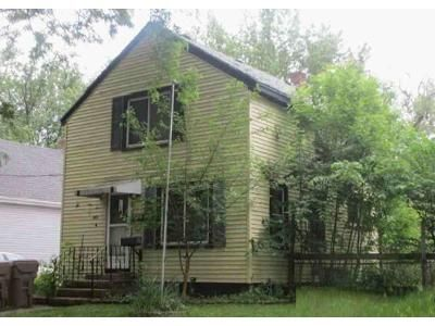 3 Bed 1 Bath Foreclosure Property in Madison, WI 53704 - Hermina St