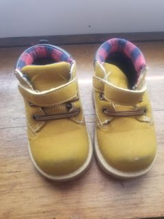 Baby size 5 work boots