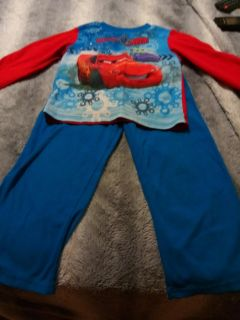 Very cute PJ set size 5T car brand good condition
