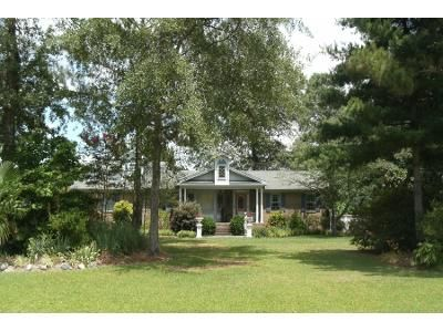 3 Bed 2 Bath Preforeclosure Property in Selma, NC 27576 - Jerry Rd