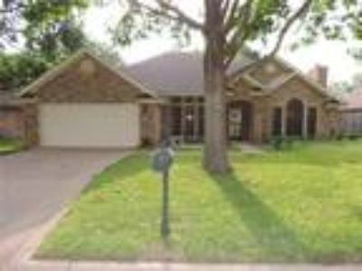 Abilene Real Estate Home for Sale. $189,900 4bd/Two BA. - Jim Kulyas of