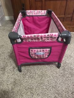 Graco doll bed