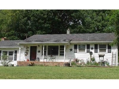 3 Bed 1 Bath Foreclosure Property in Grottoes, VA 24441 - Port Republic Rd