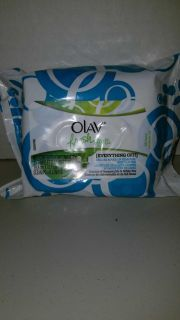 $2 olay fresh effects everything off makeup remover towelettes 25 wipes