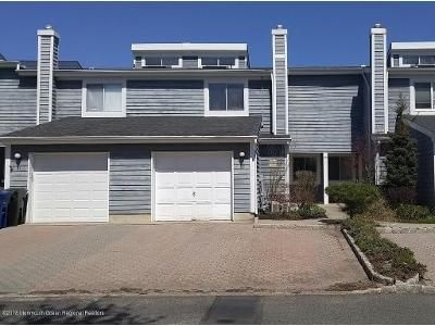 2 Bed 3 Bath Foreclosure Property in Eatontown, NJ 07724 - Rambling Meadow Ct