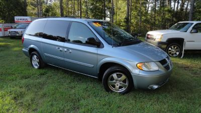 2005 Dodge Grand Caravan SXT (Blue,Light)