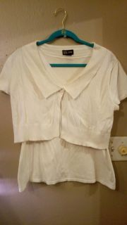 DFA New York Brand White light sweater top looks like 2 pieces but is 1. Tank with topper Size Large EUC