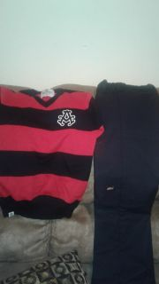 Size 7 top and bottom