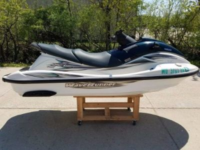 Purchase 200 YAMAHA XL LIMITED 1200 WAVERUNNER JETSKI GREAT RUNNING CONDITION LOW HRS motorcycle in Gilberts, Illinois, United States
