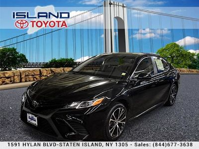 2018 Toyota Camry LE Auto LIFETIME WARRANTY (Midnight Black Metallic)