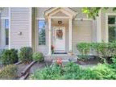 Condos & Townhouses for Sale by owner in Wauconda, IL