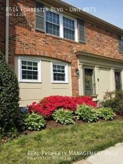 Beautiful 3 Level Townhouse in Springfield!