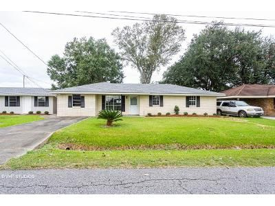 3 Bed 1.5 Bath Foreclosure Property in Thibodaux, LA 70301 - W Camellia Dr