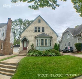 Phenomenal Wauwatosa 2BR Lower Unit Near Center Park