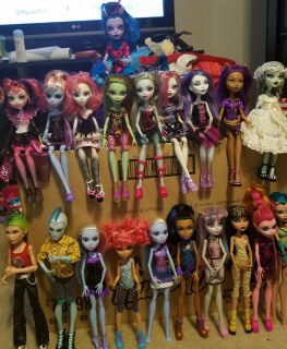 Monster High doll lot of 20 includes rare ones and hard to find